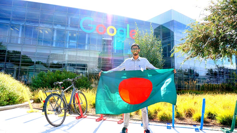 UIU CSE Student Participates in Google Local Guide Summit (1)